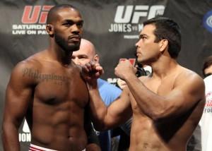 15 Jon Jones x Lyoto Machida 300x214 UFC 140: Jones finaliza Lyoto e Mir quebra braço de Minotauro