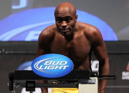 Anderson Silva evitou se posicionar sobre as recentes críticas feitas por Wanderlei Silva à chefia do UFC, sobretudo ao presidente da organização, Dana White, a quem acusa de explorar os […]