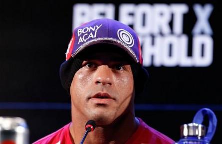 Vitor Belfort coletiva 445x289 Presidente do UFC critica desejo de Belfort por cinturão: 'Está fora de si'