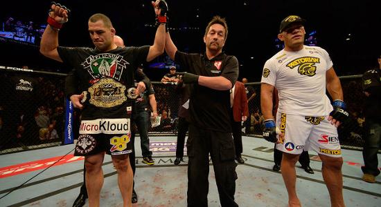 O americano Cain Velasquez precisou de apenas 81 segundos para vencer o brasileiro Antonio Pezão e defender pela primeira vez o cinturão dos pesos pesados no UFC 160, evento disputado […]
