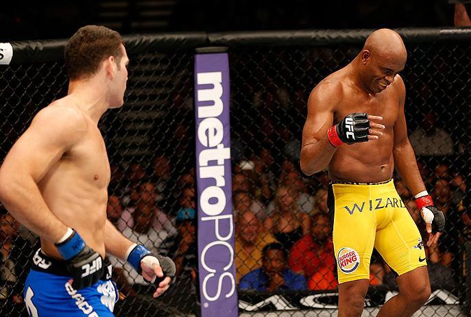 O maior reinado da história do UFC chegou ao fim no último sábado (06). O norte-americano Chris Weidman nocauteou Anderson Silva, na luta principal do UFC 162, e quebrou uma […]