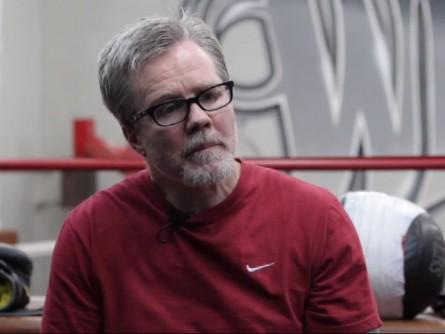 Freddie Roach Youtube 445x334 Técnico de boxe Freddie Roach critica postura de Anderson Silva diante de Weidman
