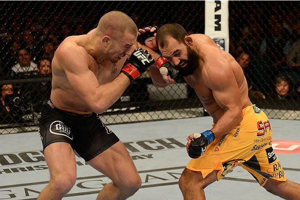 A luta que marcou as comemorações do 20º aniversário do Ultimate terminou em polêmica. Na atração principal do UFC 167, o canadense Georges St. Pierre e o norte-americanoJohny Hendricks travaram […]