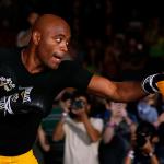 A. Silva (foto) enfrentará Diaz em janeiro. Foto: Josh Hedges/UFC