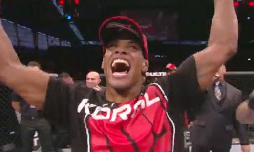 A primeira luta de Alan Nuguette nos Estados Unidos teve final feliz para o brasileiro. No combate que encerrou o card preliminar do UFC 169, em Newark, Nova Jersey, o […]