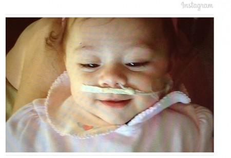 Ajuda Marina 450x309 Estrelas do MMA aderem à campanha Ajuda Marina nas redes sociais