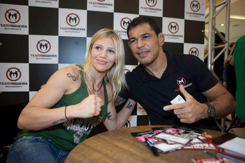 A lutador Duda Yankovich, ex-campeã mundial de boxe e competidora no MMA, sofreu um acidente vascular cerebral na última quarta-feira (9) e permanece internada na UTI do hospital Barra D'or, […]
