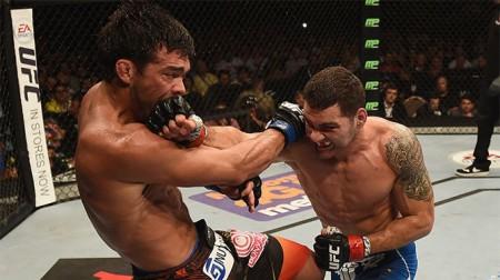 Lyoto Weidman 450x252 Chris Weidman derrota Lyoto Machida e mantém cinturão dos médios do UFC