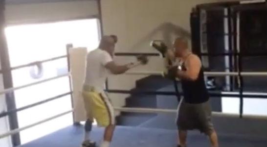 Anderson Silva está pegando firme nos treinos após a confirmação de sua luta contra Nick Diaz, que será no dia 31 de janeiro de 2015, na atração principal do UFC […]