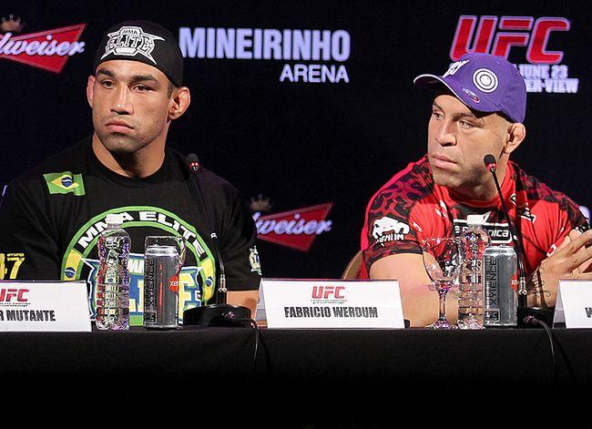 As recentes controvérsias envolvendo Wanderlei Silva e a Comissão Atlética de Nevada não irão arranhar o legado deixado pelo lutador brasileiro. Essa é a opinião de Fabrício Werdum, próximo desafiante […]