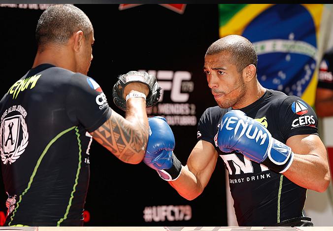 Na reta final dos preparativos para o UFC 179, José Aldo afirmou que o apoio da torcida presente no Rio de Janeiro será fundamental para aumentar ainda mais sua motivação […]