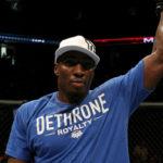 Davis (foto) dominou Glover e desafiou Anderson. Foto: Divulgação/UFC