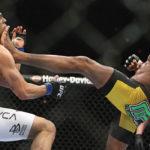 Belfort (esq.) e Anderson (dir.) fizeram luta histórica em 2011. Foto: Divulgação