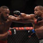Cormier foi derrotado por Jones em janeiro de 2015. (Foto: Divulgação/UFC)