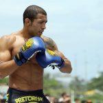 J. Aldo (foto) sonha com carreira vencedora no boxe Foto: Josh Hedges/UFC