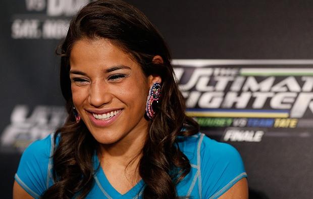 Peña está a uma vitória de disputar título Foto: Josh Hedges/UFC