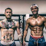 McGregor posou com Cristiano Ronaldo na academia do UFC em Las Vegas. Foto: Reprodução/Instagram cristiano