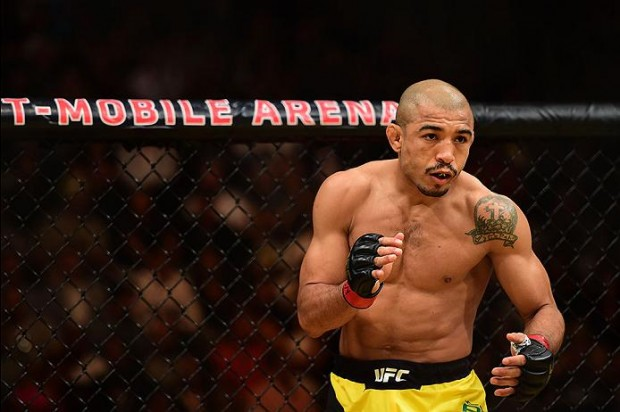Aldo defende título em junho (Foto: Harry How/UFC)