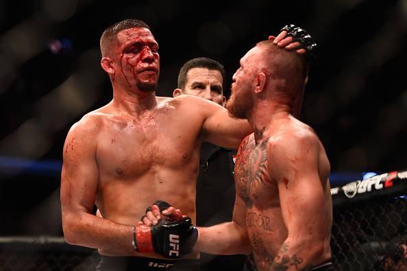 McGregor e Diaz se cumprimentam após revanche Foto: Divulgação/UFC