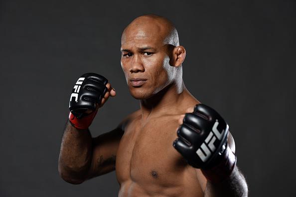 Jacaré vai enfrentar T. Boetsch no UFC 209. (Foto: Getty Images)