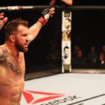 Bader atropelou Minotouro no UFC São Paulo. (Foto: Getty)