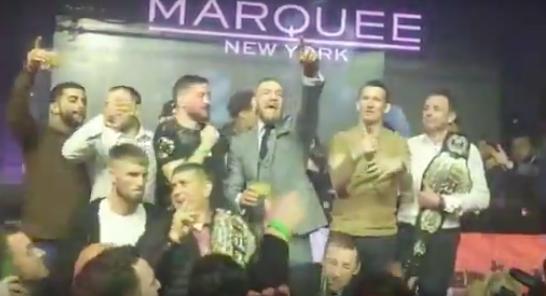McGregor comemora vitória no UFC 205. Foto: Reprodução