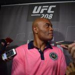A. Silva fala com a imprensa no Media Day para o UFC 208 (FOTO: João Vitor Xavier/SUPER LUTAS)