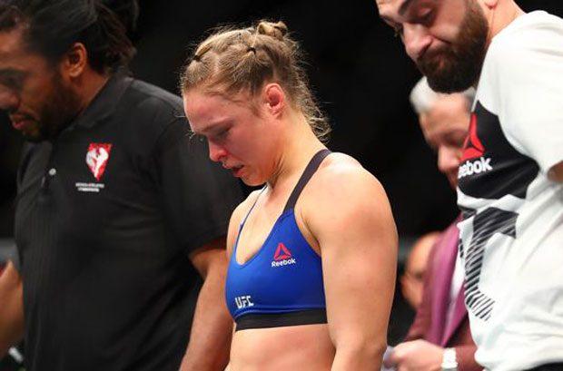 Ronda perdeu três posições no peso galo. (Foto: Getty Images)