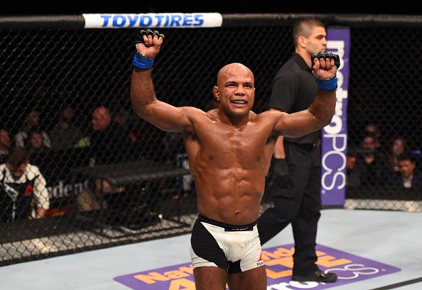 Reis luta pelo título em abril. (Foto: UFC)