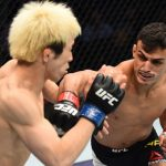 Carcacinha (dir.) derrotou M. Tanaka no UFC Houston. Foto: Jeff Bottari/UFC