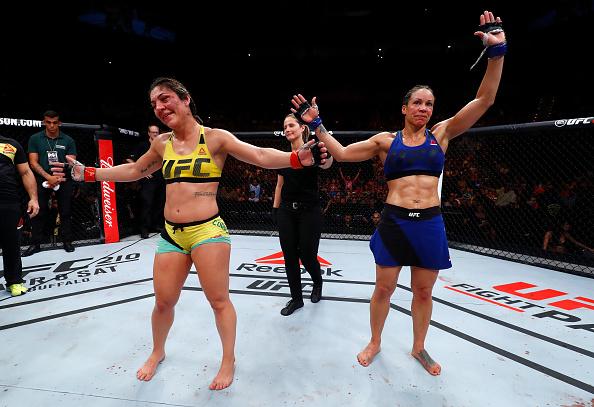 Luta entre Bethe e Reneau terminou empatada (Foto: Buda Mendes / UFC)