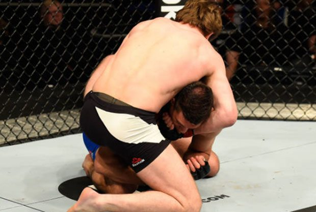 G. Nelson finalizou no UFC Londres. Foto: Josh Hedges/UFC