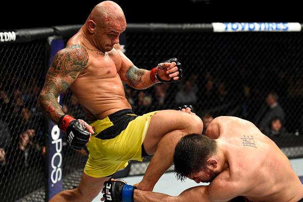 Pitbull derrotou Côté, que se aposentou do MMA (Foto: Josh Hedges/UFC)