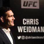C. Weidman (foto) fala com a imprensa antes do UFC 210 (Foto: Jeff Bottari/UFC)