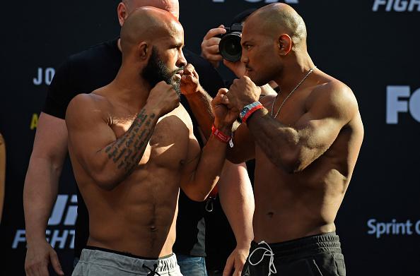D. Johnson (esq) encara W. Reis (dir): respeito entre os dois (Foto: Josh Hedges/UFC)
