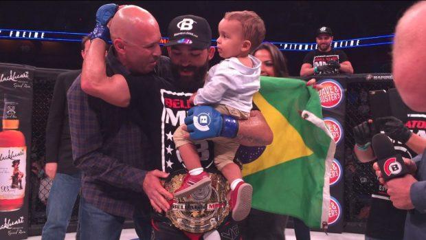P. Pitbull conquistou cinturão dos penas do Bellator. Foto: Bellator MMA