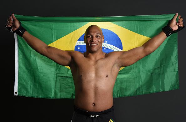 Pezão tem quatro vitórias no UFC, todas no primeiro round. (Foto: Mike Roach)