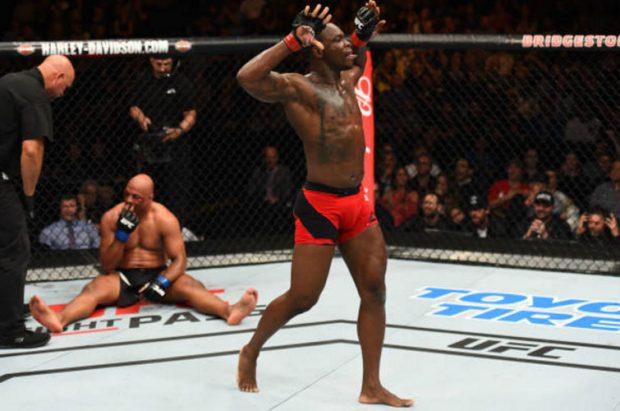 St. Preux (dir.) finalizou M. Pezão (esq.) no UFC Nashville. Foto: Jeff Bottari