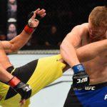 T.  Leites (esq.) derrotou S. Alvey (dir.) no UFC Nashville. Foto: Jeff Bottari / UFC