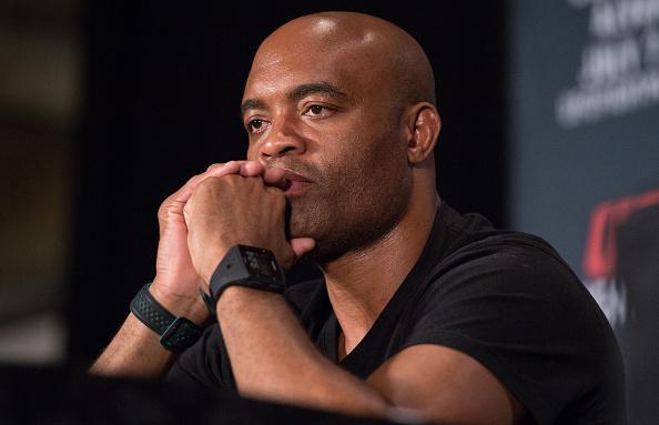 A. Silva está irritado com o UFC (Foto: Brandon Magnus/UFC)
