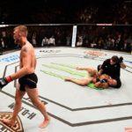 Gustafsson atropelou Glover no UFC Suécia (Foto: Facebook/UFC)