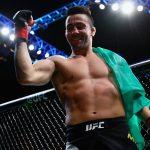 Munhoz venceu a terceira consecutiva no Ultimate (Foto: Facebook/UFC)