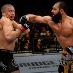 Hendricks (dir) foi derrotado por St. Pierre (esq) em 2013 Reprodução / Facebook / UFC