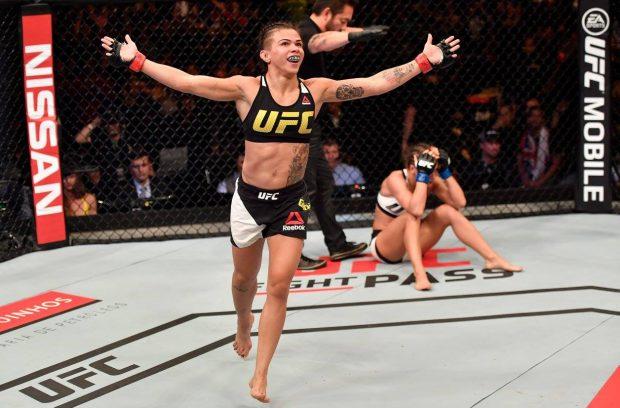 Gadelha finalizou ainda no primeiro round (Foto: Reprodução/Facebook UFC).