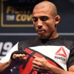 Aldo quer lutar ainda em 2017 (Foto: Reprodução/Facebook/JoséAldo)