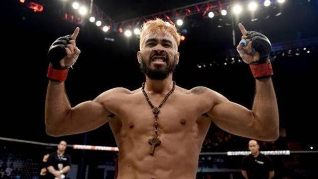 Pepey enfrenta Burgos no UFC Long Island (Foto: Reprodução/Facebook GodofredoPepey)