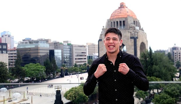 B. Moreno é uma das grandes promessas dos moscas (Foto: Reprodução Twitter ufc)