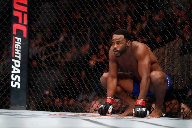 Rashad enfrenta S. Alvey (Foto: Reprodução/Facebook UFC)
