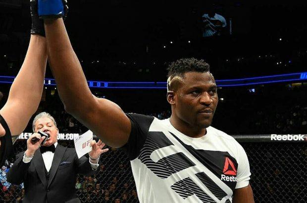 Ngannou que enfrentar Overeem no UFC 215 (Foto:Reprodução/Twitter FrancisNgannou)