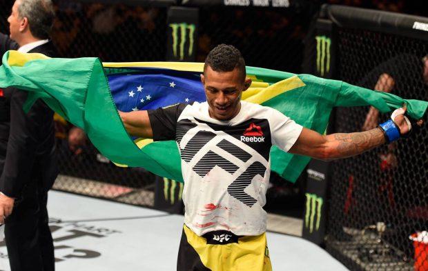 Marajó tenta recuperação em Fresno (Foto: Reprodução/Facebook UFC)